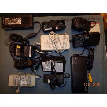 napájecí adaptér HP C6409  (originál)